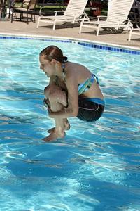 Comment faire pour sauter dans une piscine