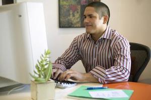 Comment insérer des puces dans Excel 2007
