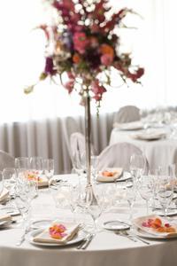 Comment faire les arrangements de table fleurs