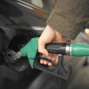 Comment faire pour améliorer l'économie de carburant dans un 2006 Dodge RAM 2500 HEMI