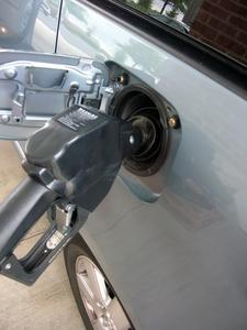 Comment installer une pompe à essence sur un S10