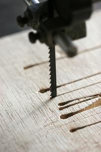 comment couper les pieds de table conique sur un banc de scie. Black Bedroom Furniture Sets. Home Design Ideas
