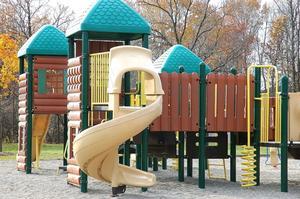 Règlements pour les équipements de jeux extérieure pour enfants d'âge préscolaire