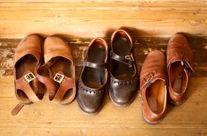 Soins des chaussures en cuir mouillées