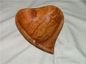 Comment sculpter un médaillon coeur de bois