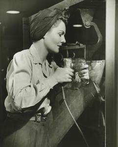 Vêtements dames dans les années 1940