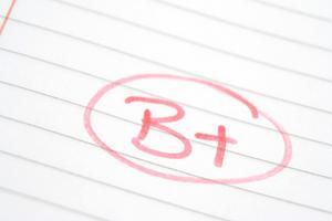 Comment punir un adolescent avec mauvaises notes