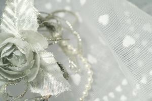 Comment joindre le mariage Tulle aux Tables