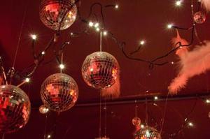 Comment faire des années 70 Disco Party décorations