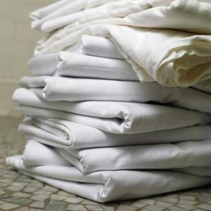 Comment transformer une feuille complète en un drap housse