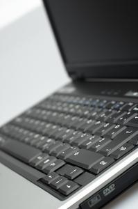Comment nettoyer le disque dur d'un ordinateur portable HP Pavilion Zv5000