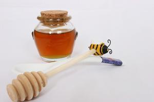 Masques de miel fait maison pour les rides