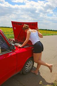 Les symptômes d'une batterie de voiture morte