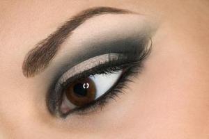 Comment faire pour le maquillage des yeux de Photoshop