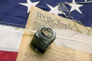 Inconvénients de la Constitution comme un Document évolutif