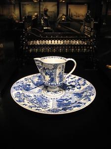 Comment identifier les marques sur votre porcelaine antique