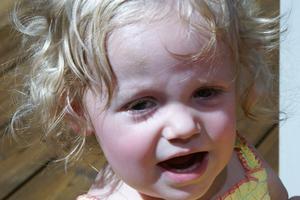 Comment faire pour garder les oreilles d'un jeune enfant de blesser lors d'un vol