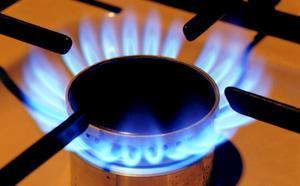 Quels sont les deux types de brûleurs pour une table de cuisson gaz ?