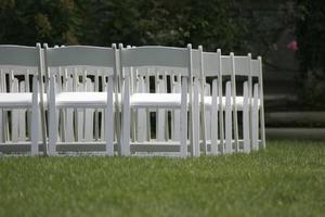 Comment faire les noeuds pour décorer le dos de la chaise pour les mariages