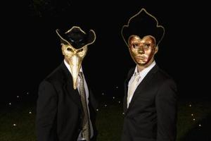 Les masques pour la personne au printemps. 50 ans
