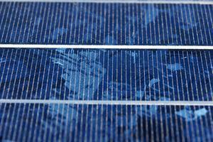 Comment installer un chargeur solaire pour une batterie de voiture