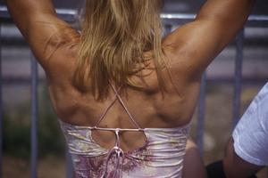 Comment se débarrasser de la graisse du dos soutien-gorge