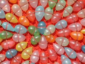 Comment décorer une salle de mariage avec des ballons