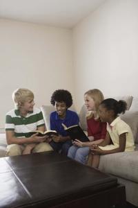 Comment faire pour enseigner le catéchisme aux élèves de 7e année