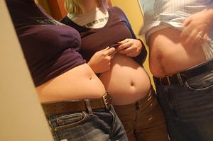Quelles sont les causes de spasmes musculaires dans l'estomac ?