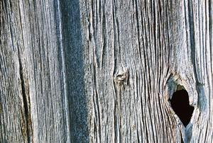 Comment faire pour supprimer des marques d'eau de panneaux de bois de grange