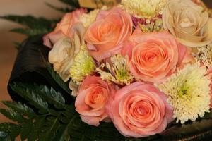 Comment faire de soie Rose Arrangements floraux pour demoiselles d'honneur