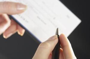 Comment écrire un chèque (ou vérifier)