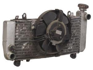 Pneu velo gonfl dans station essence - Stop fuite radiateur ...