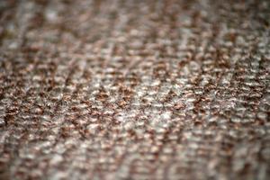 Comment enlever la gaine adhésif sur tapis