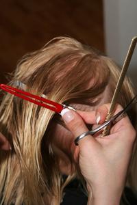 Coiffures avec frange pour un visage long ou rond