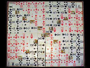Jeu de plateau de séquence fait maison à l'aide de cartes à jouer