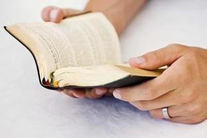 Comment faire un livre de prières