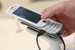 Pouvez vous télécharger des photos depuis un BlackBerry Torch à Facebook ?