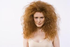 Comment choisir un shampooing pour cheveux crépus