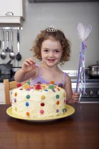 Comment coudre un anniversaire gâteau Costume