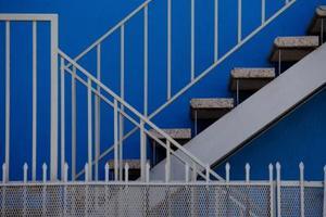 Comment faire pour installer des rampes & colonnettes dans un escalier