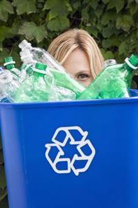 Construction faite avec des bouteilles recyclées