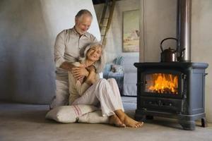 Comment installer un poêle dans la cheminée à granulés