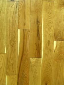 Comment faire pour installer des planchers de bois laminé dans les escaliers