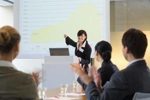 Comment gérer les barrières linguistiques en milieu de travail