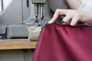 Faire un rideau pour maison barbie - Comment faire des rideaux a oeillets ...