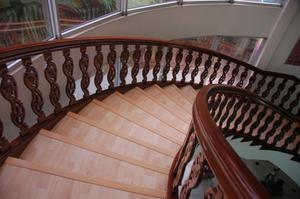 chene rouge escalier. Black Bedroom Furniture Sets. Home Design Ideas