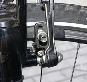 Comment faire pour installer des freins de vélo