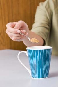 Comment faire pour dissoudre le sucre plus rapidement