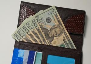comment faire pour envoyer de l 39 argent en ligne avec ma carte american express. Black Bedroom Furniture Sets. Home Design Ideas